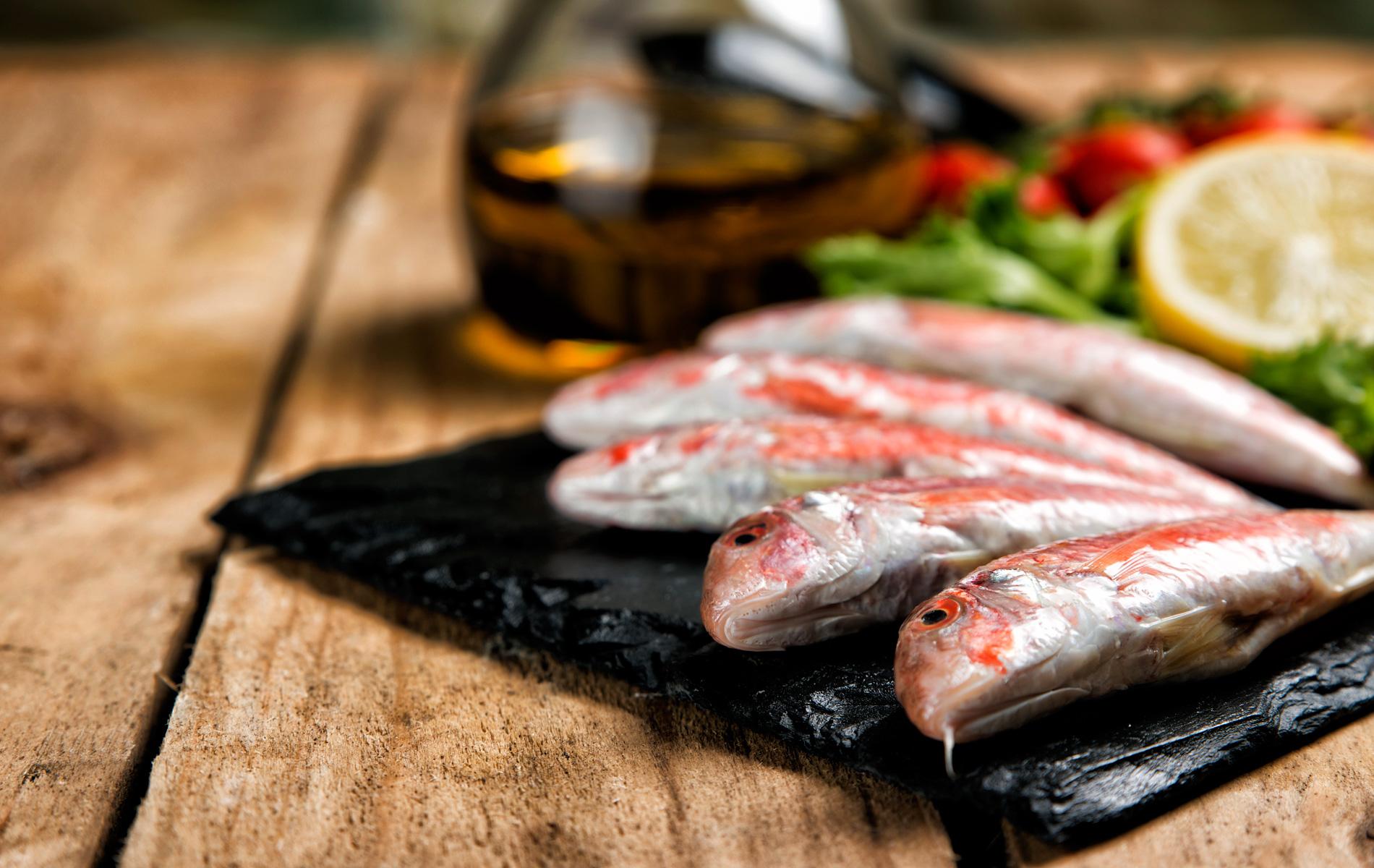 Ψάρια & Θαλασσινά (Κιλό)